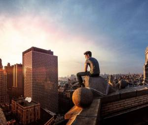 The Amazing Spider-Man 2 : Andrew Garfield sur une photo