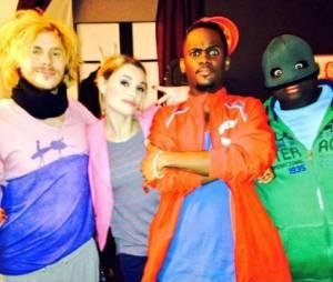Black M avec Issa Doumbia, Joy Esther et Jean-Baptiste Shelmerdine sur le tournage de Nos Chers Voisins