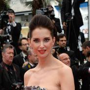 Frédérique Bel : son sein s'invite sur le tapis rouge à Cannes