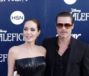 Brad Pitt et Angelina Jolie avant la projection de Maléfique à Los Angeles, le 28 mai 2014