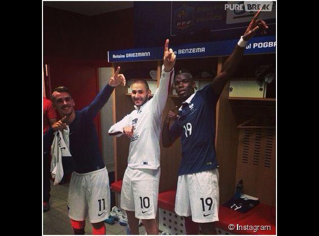 Karim Benzema, Antoine Griezmann et Paul Pogba en mode Usain Bolt, le 8 juin 2014 au stade Pierre Mauroy à Lille