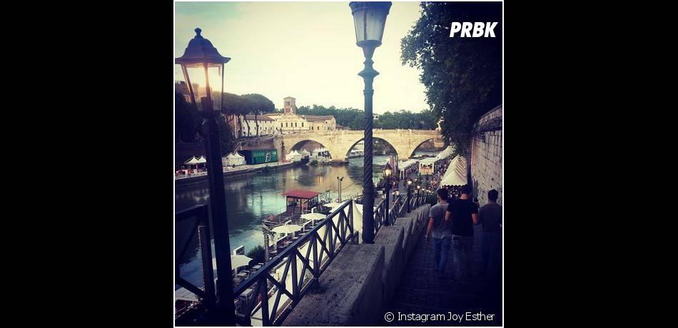 Joy Esther : photo romantique de ses vacances à Rome en juillet 2014