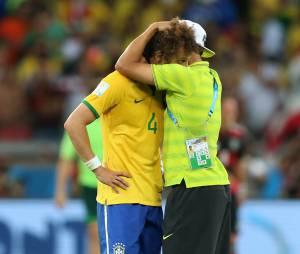 David Luiz et Thiago Silva émus après Brésil VS Allemagne, le 8 juillet 2014