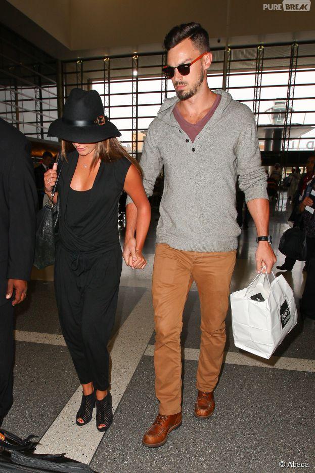 Lea Michele et Matthew Paetz en couple à l'aéroport de Los Angeles, le 15 juillet 2014