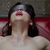 Fifty Shades of Grey : Dakota Johnson ne veut pas que ses parents voient le film