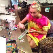 Miley Cyrus, Kate Middleton... et le Pape : tous addicts aux Rainbow Loom
