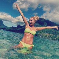 Tatiana Laurens (IDV4) : décolletés, bikinis... ses photos sexy sur Instagram