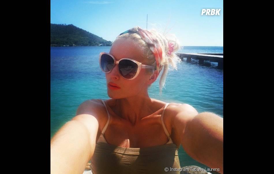 Tatiana Laurens : selfie sexy à Tahiti