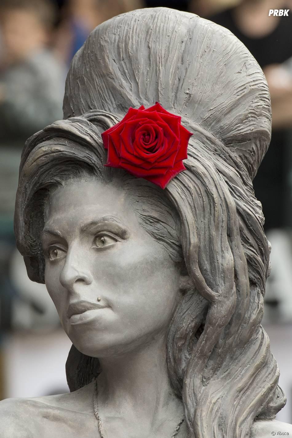 Amy Winehouse en bronze
