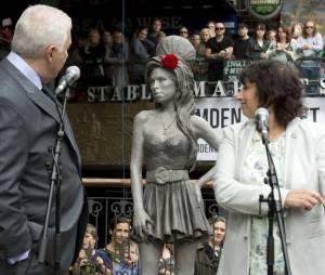 Amy Winehouse : un hommage à Camden