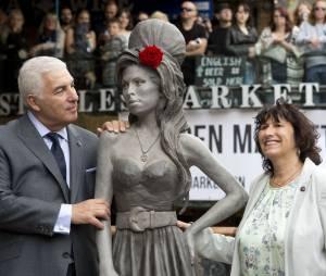 Amy Winehouse : hommage émouvant dans le quartier de Camden