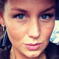 Aurélie Van Daelen : une photo pour répondre aux critiques sur son poids