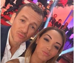 Nabilla Benattia et Dany Boon : selfie sur le plateau de De Groodt, une fois, le 24 juin 2014 sur Canal Plus
