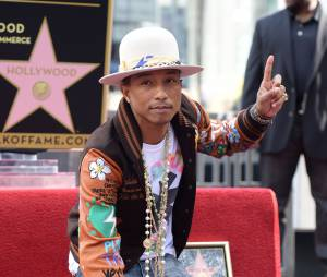 Pharrell Williams inaugure son étoile sur le Hollywood Walk of Fame de Los Angeles le jeudi 4 décembre 2014