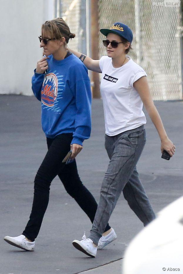 Kristen Stewart et Alicia Cargile très proches à Hawaï fin 2014