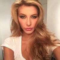 Camille Cerf : après la polémique, Miss France 2015 est Charlie sur Twitter