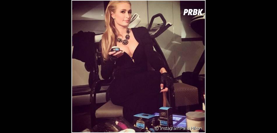 Paris Hilton : chirurgie des seins pour l'héritière ?