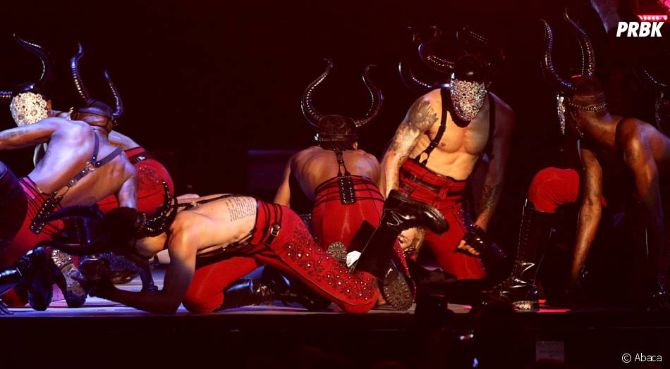 Madonna : une prestation gâchée par une chute aux Brit Awards 2015