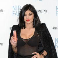 """Kylie Jenner : """"Ses seins sont passés d'un bonnet B à un bonnet D"""""""
