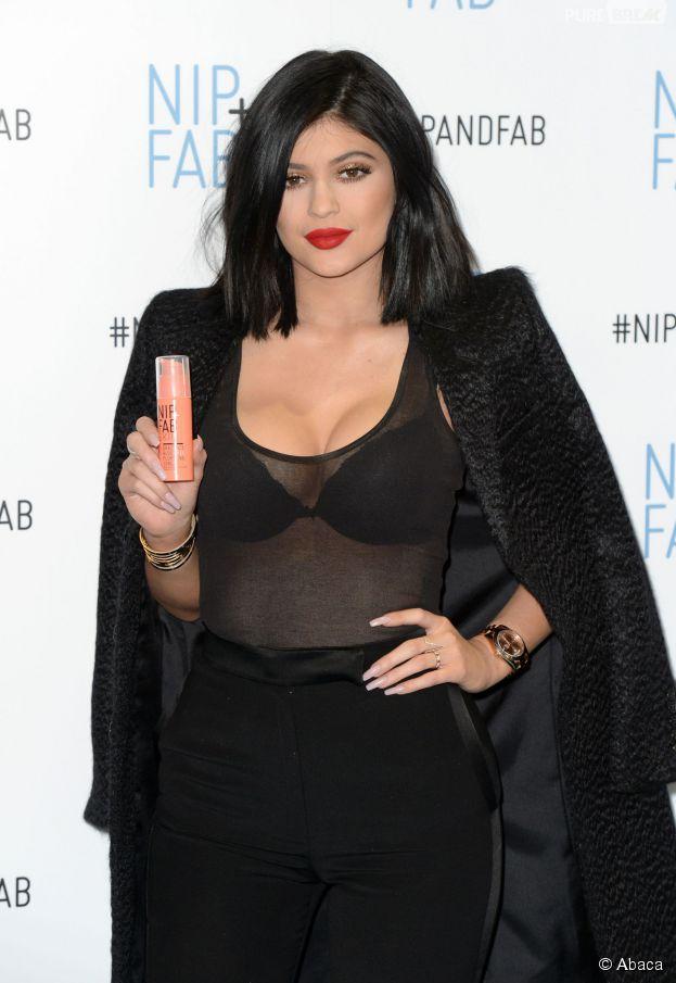 la clientèle d'abord rechercher le meilleur baskets pour pas cher Kylie Jenner :