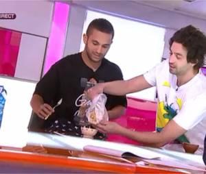 Malik Bentalha et Max Boublil : pyjamas et petit déjeuner dans C'est au programme sur France 2, le 13 avril 2015