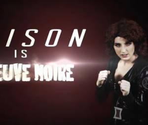 Alison Wheeler dans la peau de la veuve noire pour sa météo Avengers, le 22 avril 2015, sur Canal +