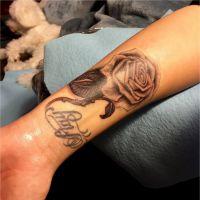 "Demi Lovato ""bourrée"", ""idiote""... Son ancienne tatoueuse la clashe !"