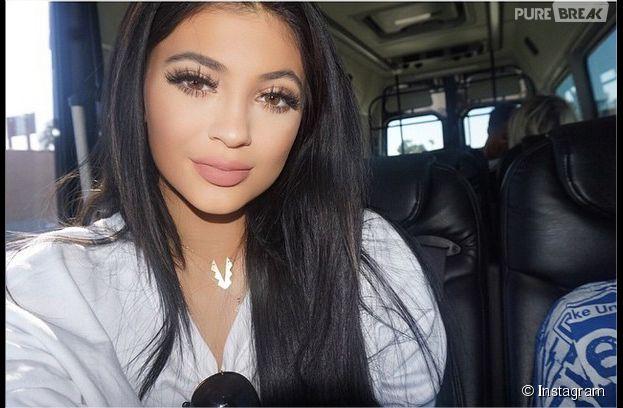 """Kylie Jenner : elle affirme ne pas avoir avoué être """"défoncée"""" dans un Snpachat"""