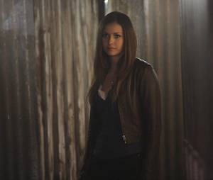 The Vampire Diaries saison 6, épisode 22 : Nina Dobrev sur une photo