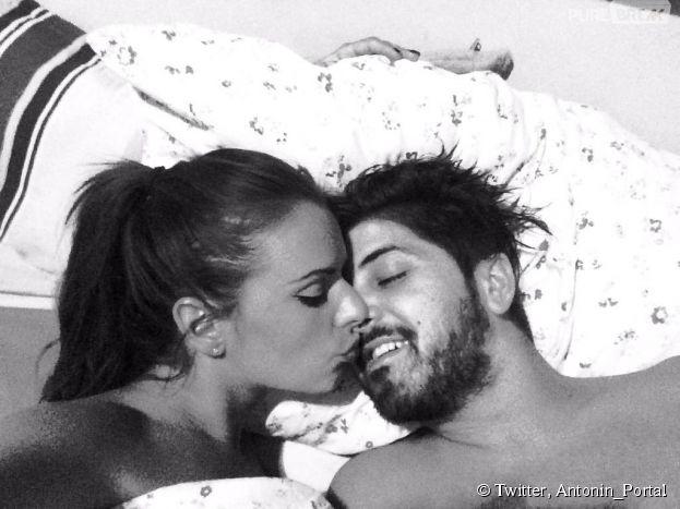 Antonin et Manue (Les Marseillais en Thaïlande) amoureux sur Twitter, le 12 mai 2015