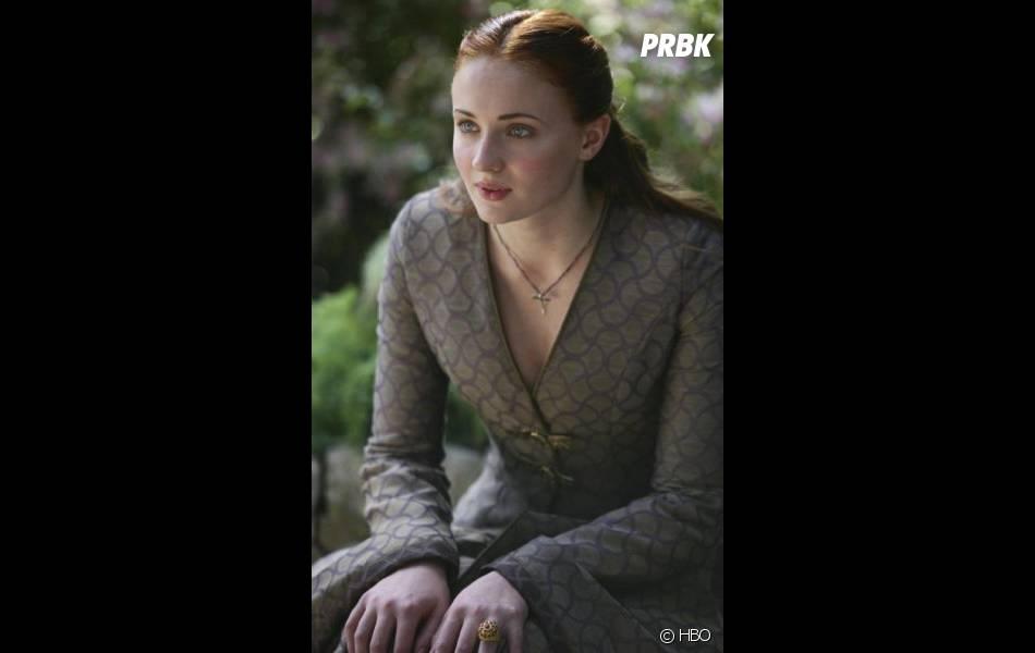 """Game of Thrones saison 5 : Sophie Turner a """"adoré"""" la scène polémique de Sansa"""