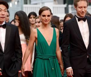 Natalie Portman lors de la montée des marches du film Sicario à Cannes le 19 mai 2015