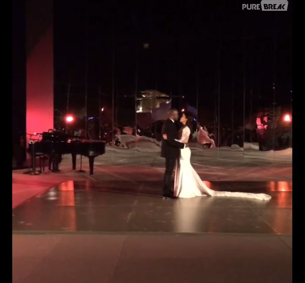 Kim Kardashian et Kanye West : la première danse de leur mariage dévoilée