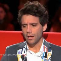 """Mika : son père """"pris en otage"""", le terrible accident de sa soeur... confidences touchantes"""