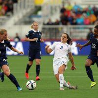 Laury Thilleman, Karim Benzema... soutien aux Bleues après leur défaite contre l'Allemagne