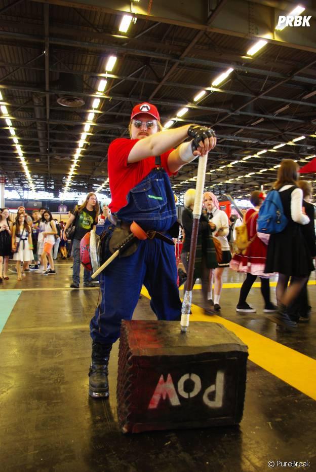 Un cosplayer de Mario au salon Japan Expo, le 5 juillet 2015
