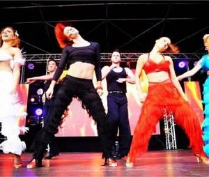 Danse avec les Stars : les danseurs pro sur scène durant la tournée d'été 2015 de TF1