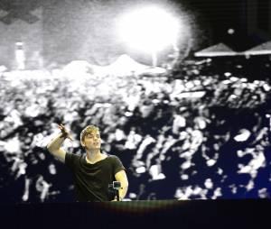 Le jeune DJ superstar Martin Garrix a soulevé la foule avec son set explosif