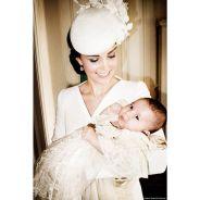 Baptême de Charlotte : les photos officielles dévoilées, le Prince George tout sourire