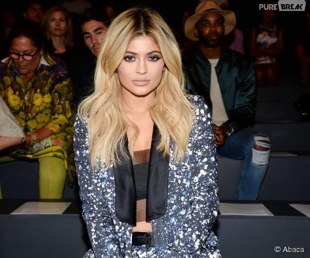 Kylie Jenner blonde et sexy au défilé Prabal Gurung printemps-été 2016 à la Fashion Week de Paris, le 14 septembre 2015 à New-York