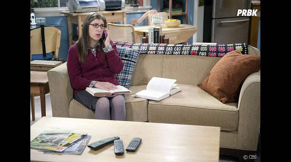 The Big Bang Theory saison 9, épisode 1 : Amy (Mayim Bialik) sur une photo