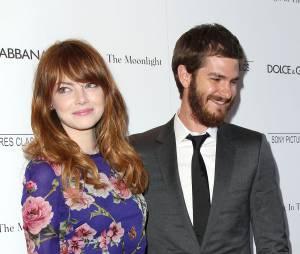 Emma Stone et Andrew Garfield en couple à New York, le 17 juillet 2014
