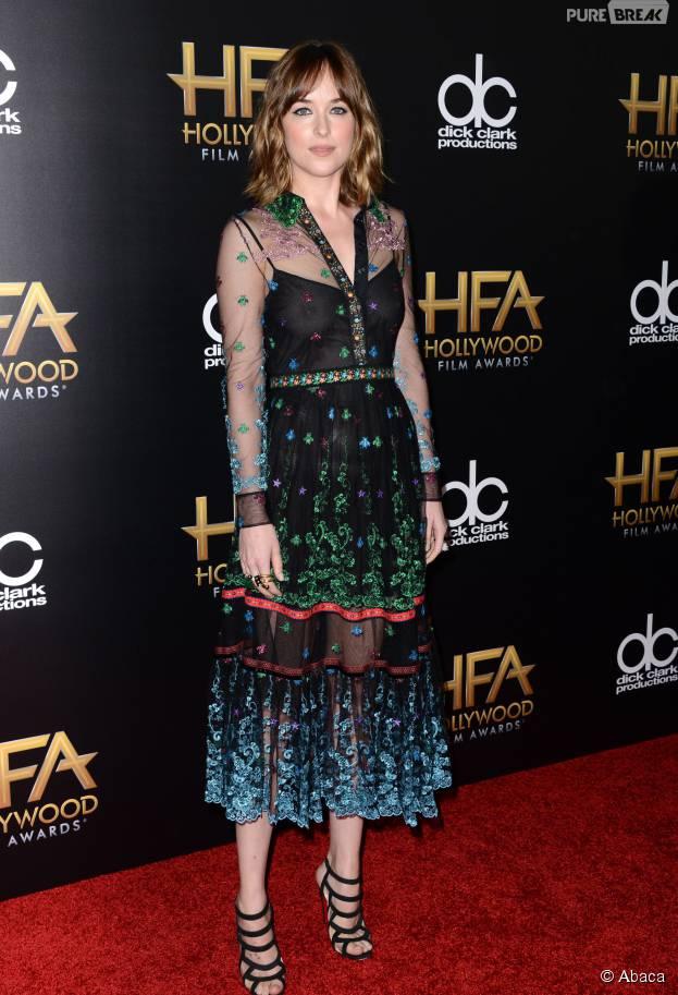 Dakota Johnson transparente aux Hollywood Film Awards, le 1er novembre 2015