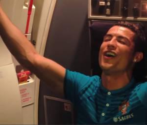 Cristiano Ronaldo chante du Rihanna : la vidéo délirante et 100% décomplexée