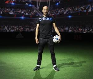 Adidas dévoile la Future Arena, les maillots de l'Euro 2016 et le ballon de la compétition