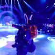 Danse avec les stars 6 : la chute d'EnjoyPhoenix, le 28 novembre 2015