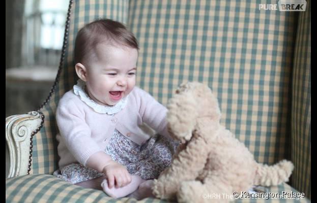 Kate Middleton et Prince William : adorable photo de leur fille Charlotte, dévoilée le 29 novembre 2015