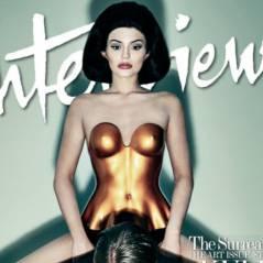 Kylie Jenner trop sexy ? Son dernier photoshoot taclé par Kris Jenner
