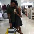 Les Anges 8 : Ricardo et Nehuda en séance de shopping