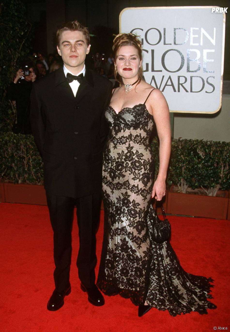 Leonardo DiCaprio et Kate Winslet sur le tapis rouge des Golden Globes en 1998